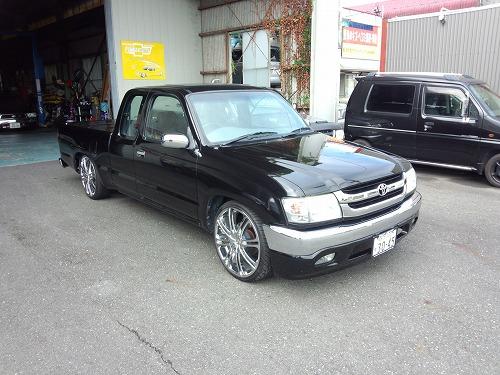 HILUX EXT-CAB